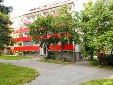 BAGAROVA - veľkometrážny 1-izb byt v nadstavbe