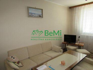 VÝBORNÁ CENA - Predáme 3 izbový byt - Zlaté Moravce (1016-113-AFI)