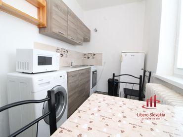 Predaný !!! 2 izbový zrekonštruovaný tehlový byt, KN