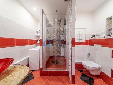 Pekný 2 izbový byt 63 m2, na začiatku sídliska Ťahanovce, výhľad na Metro