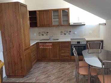 Prenajom-3-izbovy-luxusny-byt-Žilina