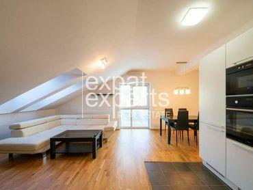 Moderný, podkrovný 3i byt 69m2, parkovanie, novostavba, klimatizovaný