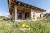 DOM-REALÍT ponúka tehlový 4 izbový bungalov v Královej pri Senci
