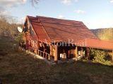 Predaj: zrubová chata Dolné Rykynčice s pozemkom o rozlohe 5000m2