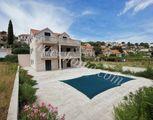 Rodinná vila s bazénom na ostrove Brač