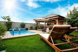 Na predaj 4 izbový rodinný dom s garážou, bazénom, altánkom!