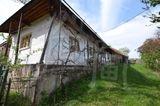 Starší gazdovský dom v tichom prostredí