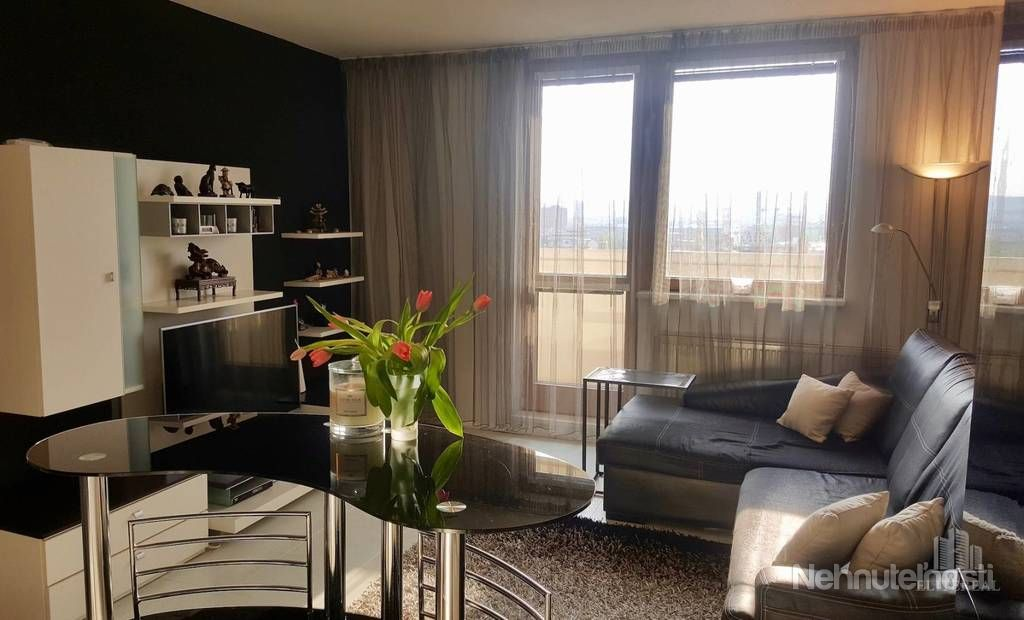 ZÁHRADNÍCKA - byt s výhľadom na mesto - Ružinov