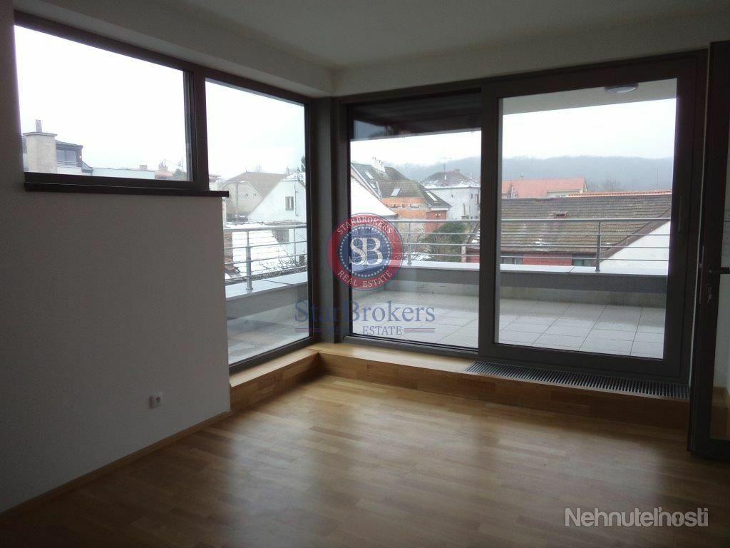 StarBrokers – Prenájom – ½ dvojdomu – 5- izbový moderný rodinný dom v Horskom parku / Renting – ½ se