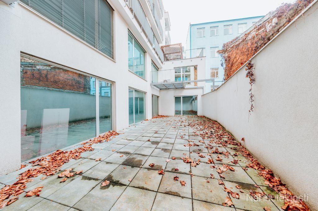 Arvin & Benet | Krásne a vzdušné kancelárske priestory na prestížnej adrese s parkovaním