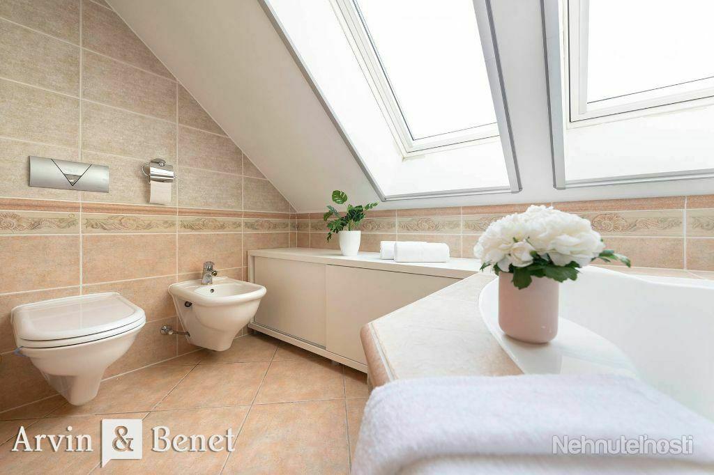 Arvin & Benet   Priestranný 5i byt so saunou, ktorý bude vaša rodina milovať