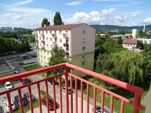 IMPREAL »»» Ružinov »» Veľký 2 izbový byt s dvoma balkónmi » VOĽNÝ IHNEĎ » cena 399,- EUR ( English