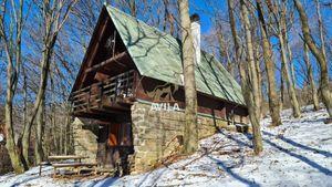 Na predaj chata pri lyžiarskom stredisku na Bezovci - Nová Lehota