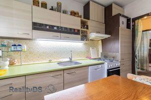 REZERVOVANÝ - Predaj trojizbového bytu v širšom centre Šamorína, 86000,-€