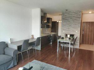 Rezervovaný: CUBICON - zariadený 2 izbový byt s terasou a garážovým státím v Mlynskej Doline