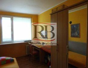 Na predaj 5 a viac izbový byt (päťizbový), Bratislava - Karlova Ves
