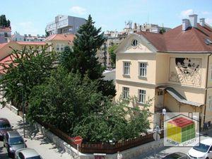Exkluzívne ponúkame na prenájom 1izb. byt na Jakubovom námestí  - Staré Mesto Bratislava