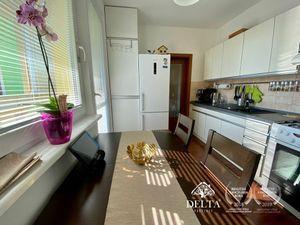 DELTA |  Slnečný 3 izbový byt s loggiou, Mamateyova ul., Petržalka, 73 m2