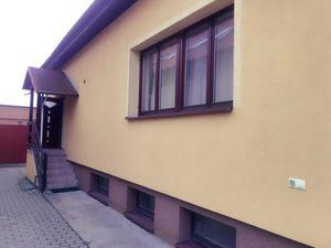Prenájom 2 izbový byt Bratislava - Podunajské Biskupice , Pšeničná ul.