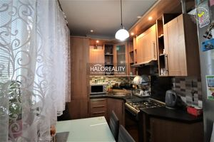HALO reality - Predaj, trojizbový byt Nové Zámky, tehlový, blízko centra