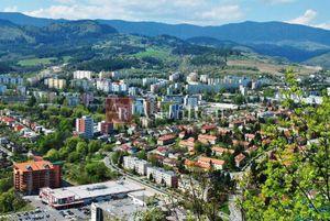 Na kúpu 4 izbový byt (štvorizbový), Banská Bystrica