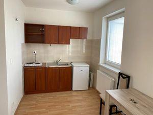 1 izbový byt s terasou, novostavba, zariadený, Ružinov