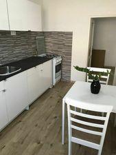 Čiastočne zariadený 2- izbový byt na Prievozskej