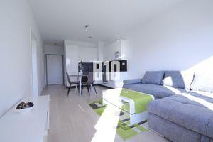 NUPPU - 2 izbový, kompletne zariadený byt s parkingom a loggiou v novostavbe