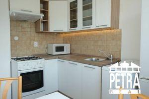 REZERVÁCIA : byt s výhľadom v časti Fončorda po rekonštrukcii