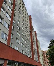 Ponúkame Vám na predaj garsónka Bratislava-Petržalka,  Holíčska ulica