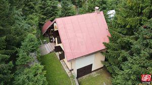 Directreal ponúka Rekreačná chata v krásnom  prostredí obľúbenej Kokavy, v blízkosti lyžiarskych vle