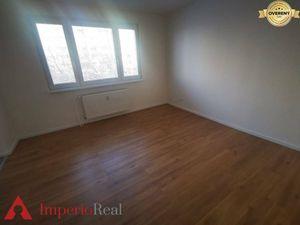 Priestranný 3 izbový byt na Jasovskej ulici
