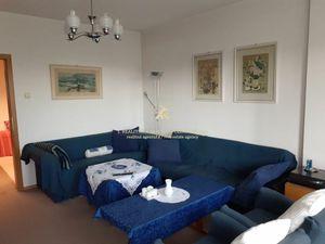 3 izb. byt v novostavbe s obrovskou terasou a výhľadom do záhrady
