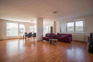 5 a viac izbový byt Bratislava IV - Dúbravka predaj