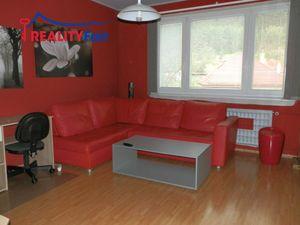 PREDAJ - 2 izbového bytu s lodžiou- ul. Lipová, Podlavice Banská Bystrica