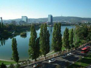 Príjemný byt s balkónom v nadstavbe 2008, Bratislava - Ružinov, Trnávka