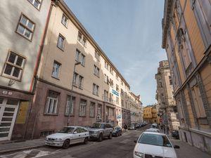 Na predaj apartmán, Bratislava - Staré Mesto