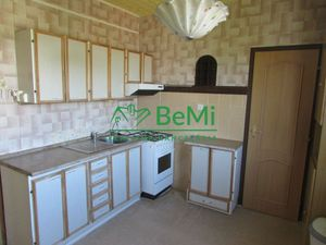 Predáme 4 izbový byt - Zlaté Moravce (1013-114-AFIa)