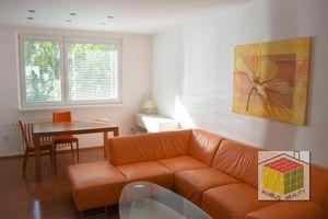 Exkluzívne na prenájom 4i byt, 82 m2, loggia, parkovacie státie, Rača