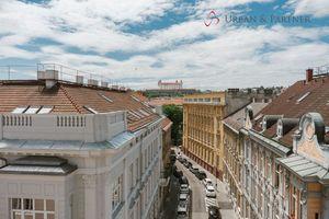 Predaj 4 izbového nadštandardného bytu na Gunduličovej ulici v centre - Palisády
