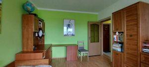 Na predaj pekný 2 ibyt s garážou, s balkónom a záhradou v Jahodnej