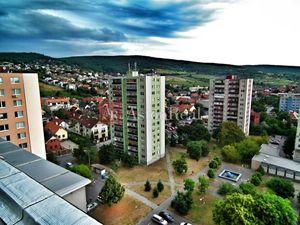 Na kúpu 3 izbový byt (trojizbový), Bratislava - Rača