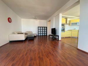 Predaj 3 izbový byt Ružinov Nivy na 16.p. Gloria, 90 m2