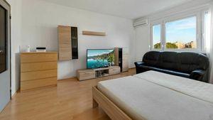 4 izbový byt v Bratislave - Petržalke na Furdekovej ulici