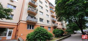 Directreal ponúka Zrekonštruovaný veľký 2-izb.byt 67,8 m2 uprostred zelene na Družstevnej ul.
