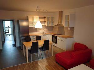 Prenájom bytu (2- izbový) 65 m2, Stupava
