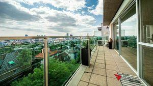 Luxusný 3,5 izbový byt s panoramatickým výhľadom, Bratislava III – Na Pažiti