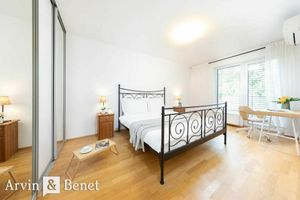 Arvin & Benet | Útulný 2i byt loggiou v obľúbenom projekte Meinl Residence