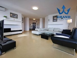 HUGE - REPRESENTATIVE ! Suché mýto, Bratislava-Old Town, 4 rooms completely renovated apartment, 160