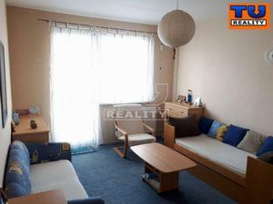 Slnečný 3-izbový byt s parkovacím miestom v Stupave, 74 m2
